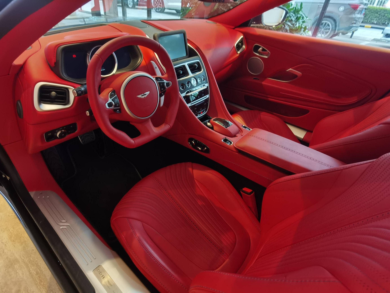 阿斯顿马丁 DB11 V8 Volante