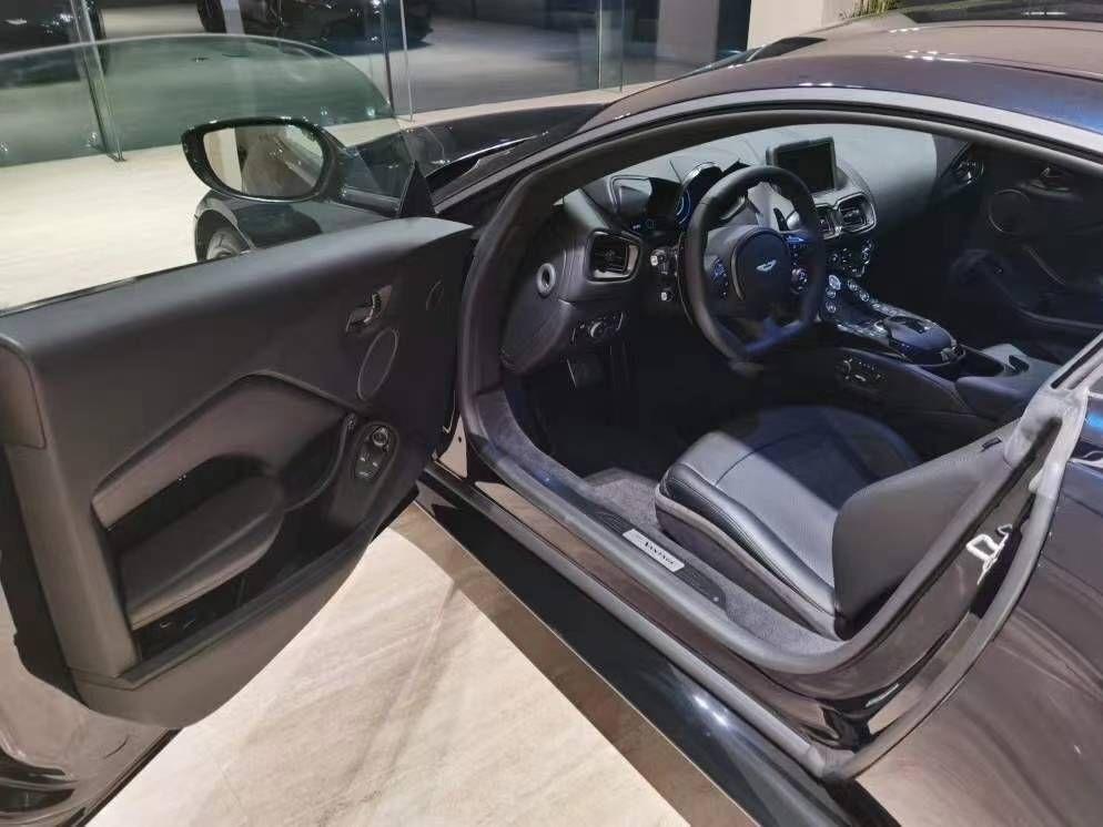 20款 阿斯顿马丁 Vantage 4.0T V8(现车)