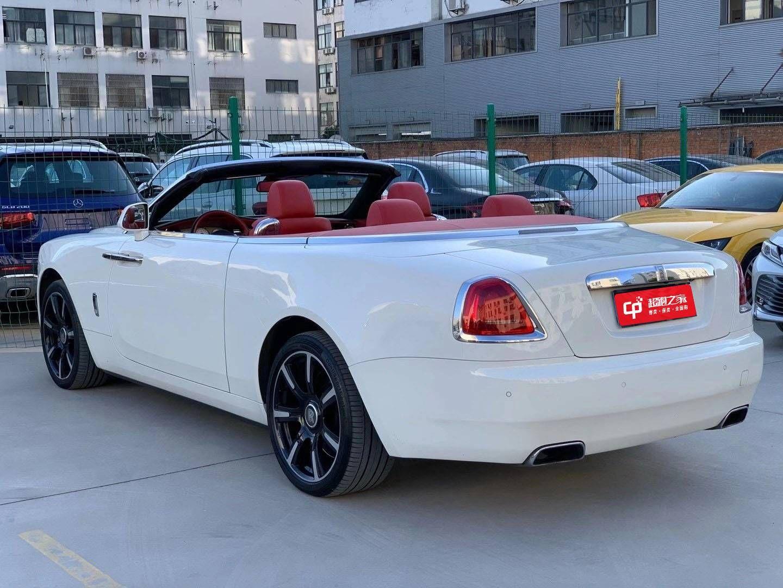 劳斯莱斯曜影 18款 6.6T V8