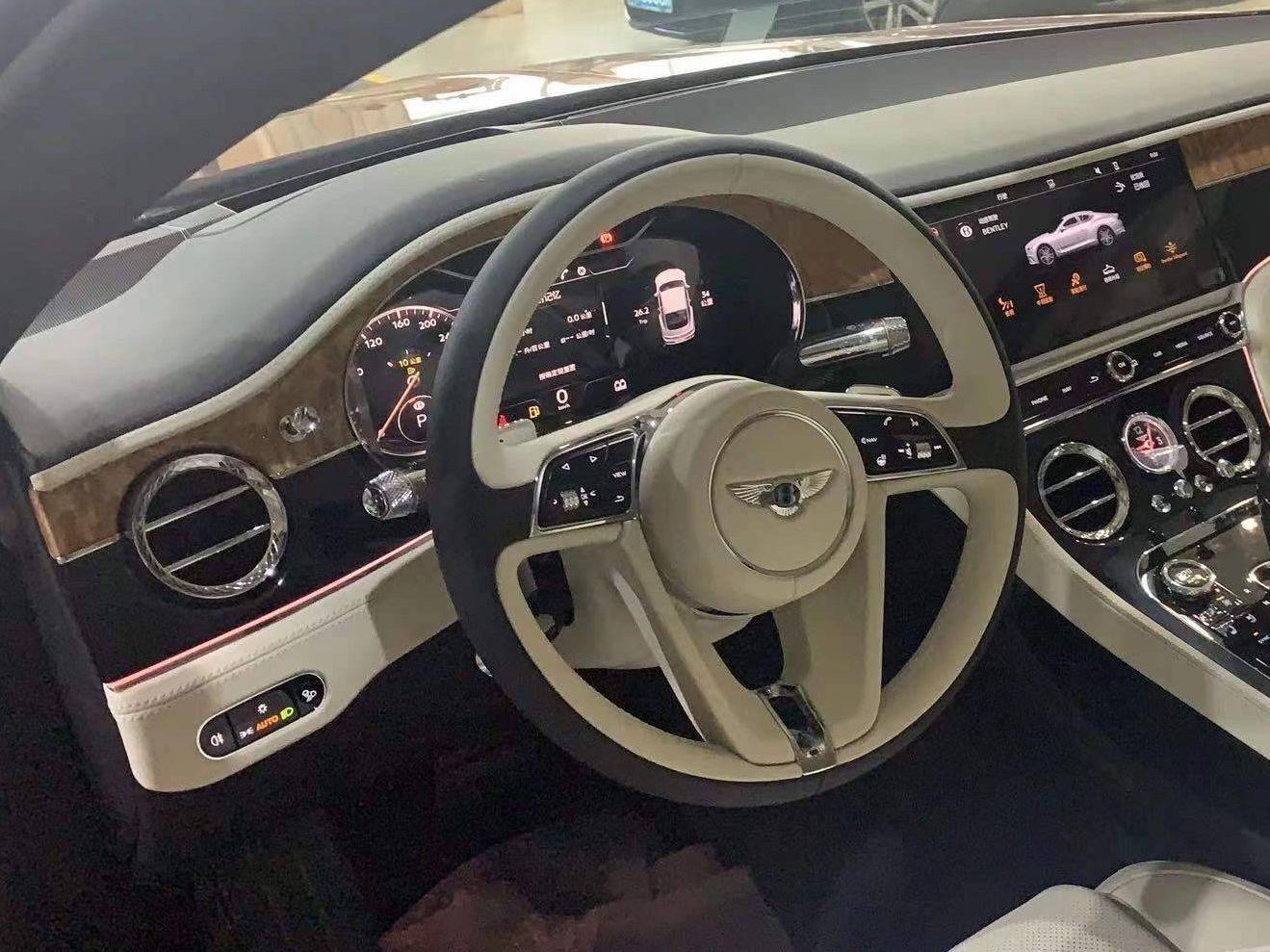 宾利欧陆GT 4.0T V8