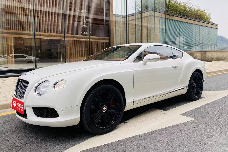 宾利欧陆GT白色2014年02月