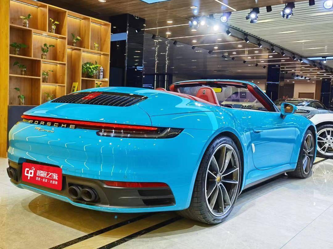 保时捷 911 Carrera Cabriolet