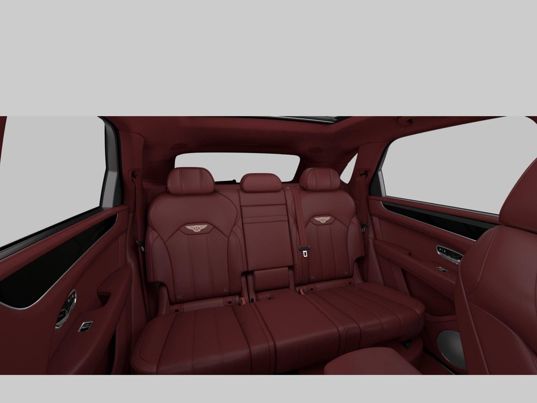 21款 宾利 添越4.0T V8 2月份可提车