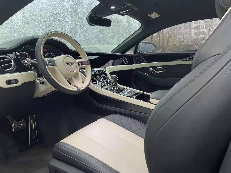 宾利 欧陆 GT W12 6.0L