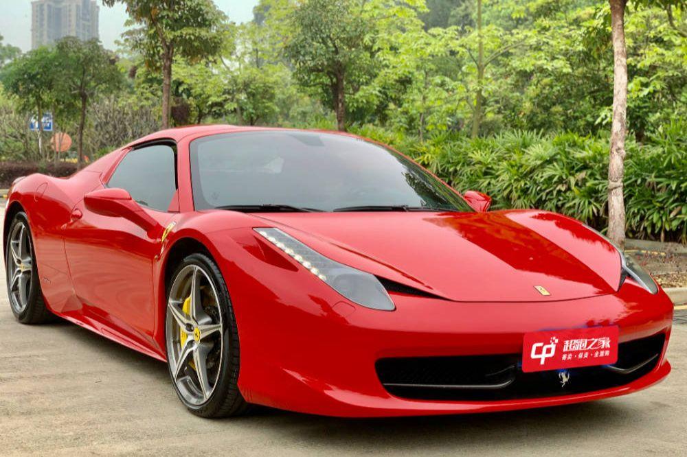 法拉利458458红色2012年12月