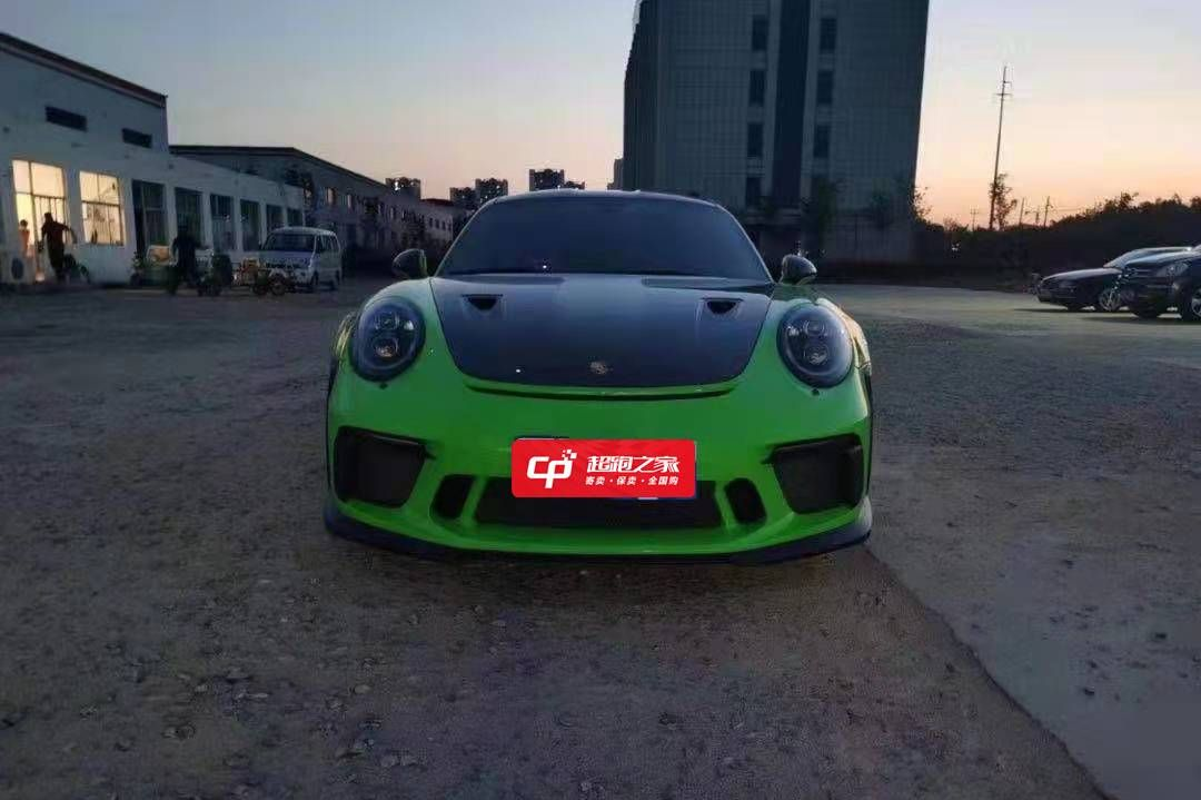 保时捷911绿色2020年12月