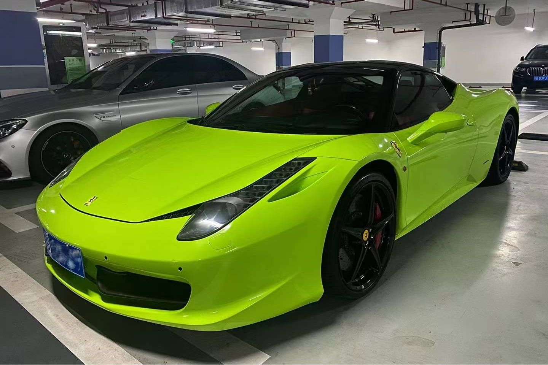 法拉利458绿色2011年04月